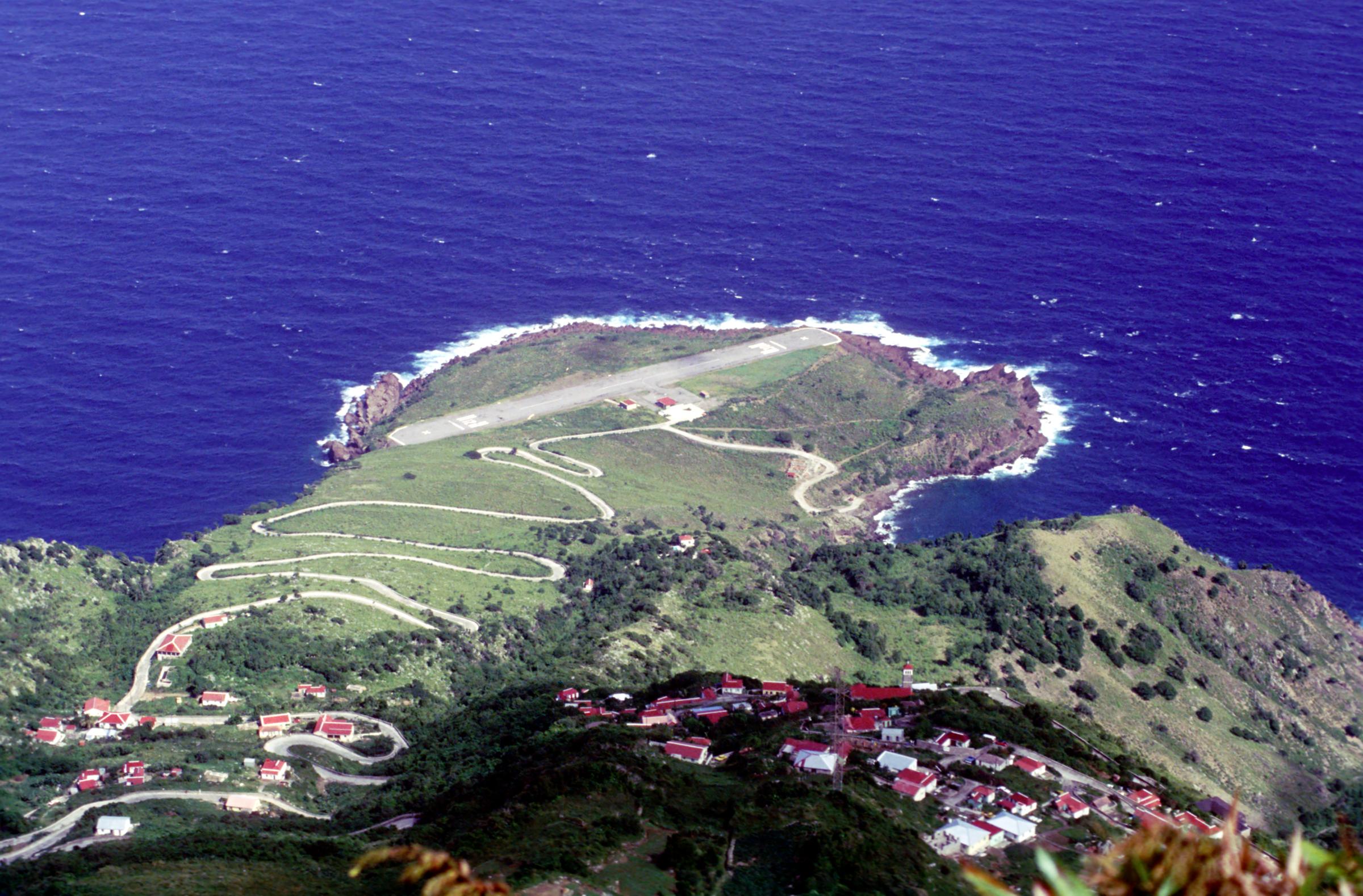 6. Aéroport Juancho E. Yrausquin, Saba