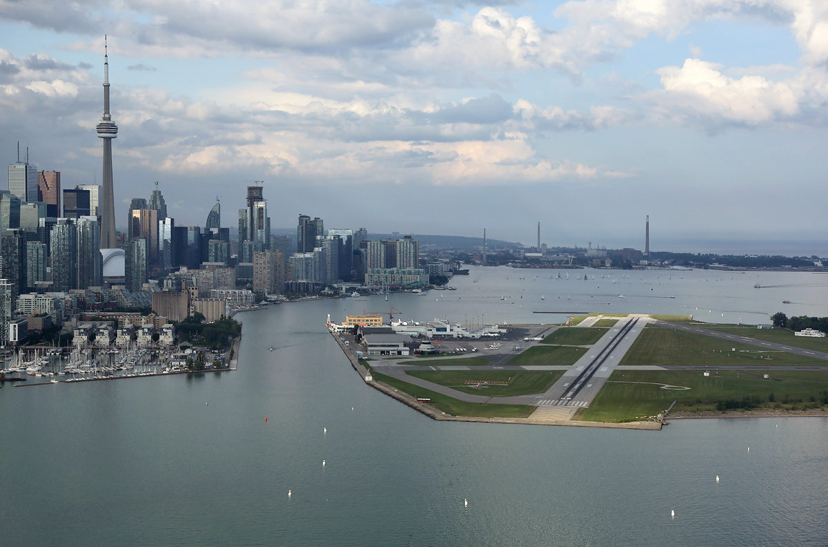 7. Aéroport Billy Bishop, Toronto, Canada
