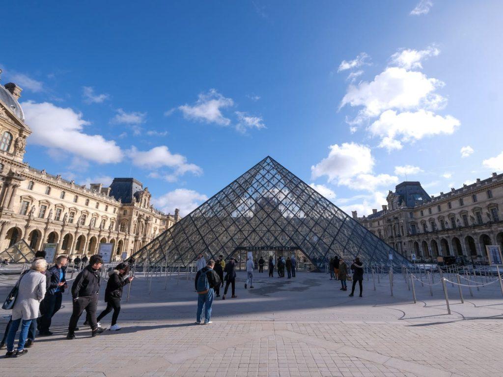 Le musée du Louvre. - Occuper ses enfants pendant le confinement
